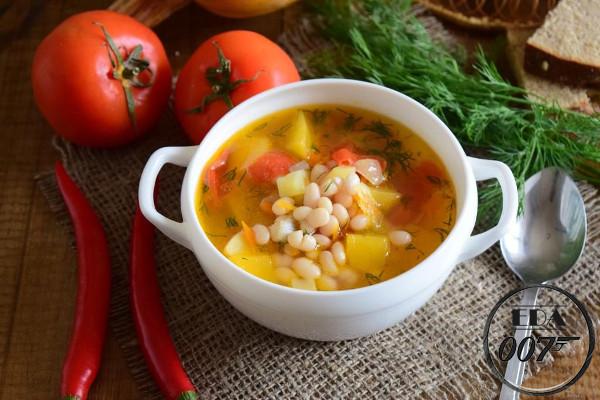 Суп из фасоли и тыквы - готовое блюдо