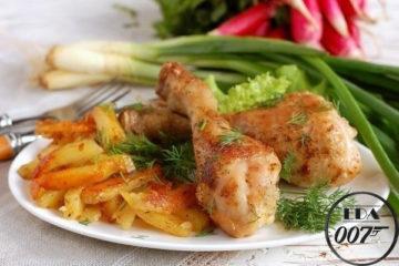Картофель с курицей в мультиварке